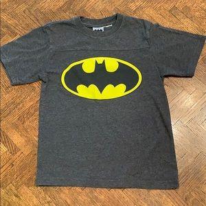 3/$20{Batman}Boys M Gray Batman T-shirt